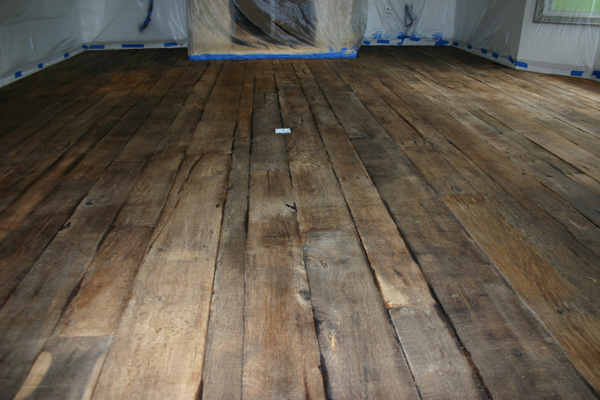 Restoration Of 150 Yr Old White Oak Distressed Flooring